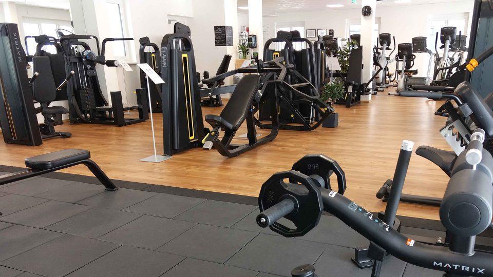 Level One Health Club, 8071 Hausmannsttten - Herold